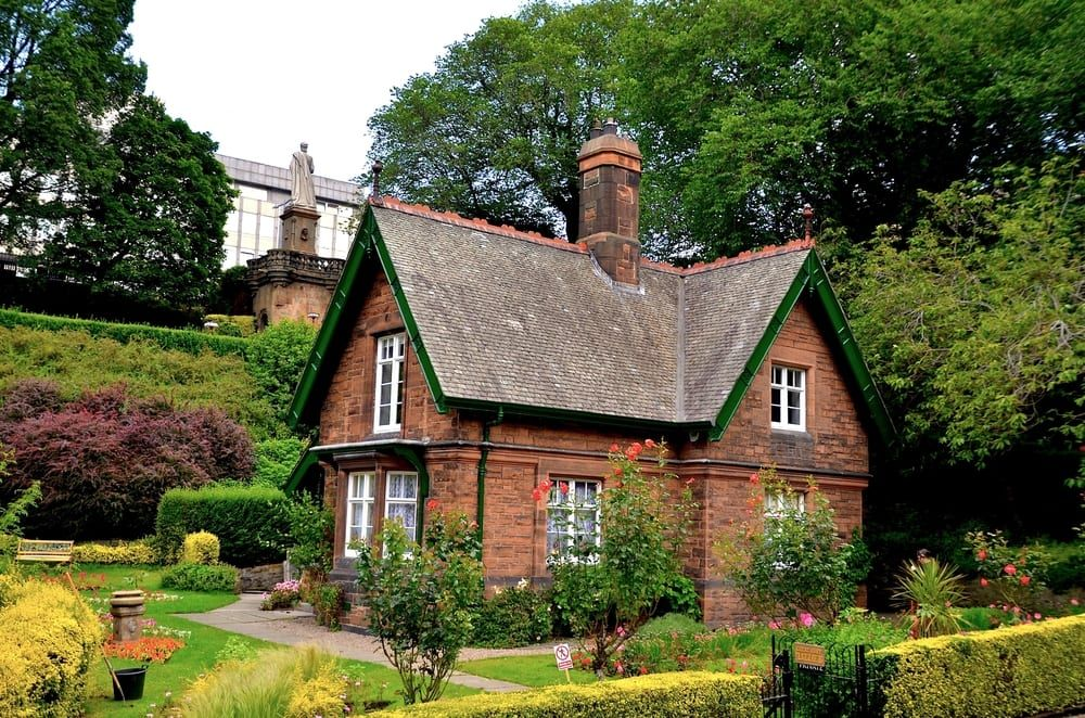 Head Gardener's Cottage features in Teacup Travels